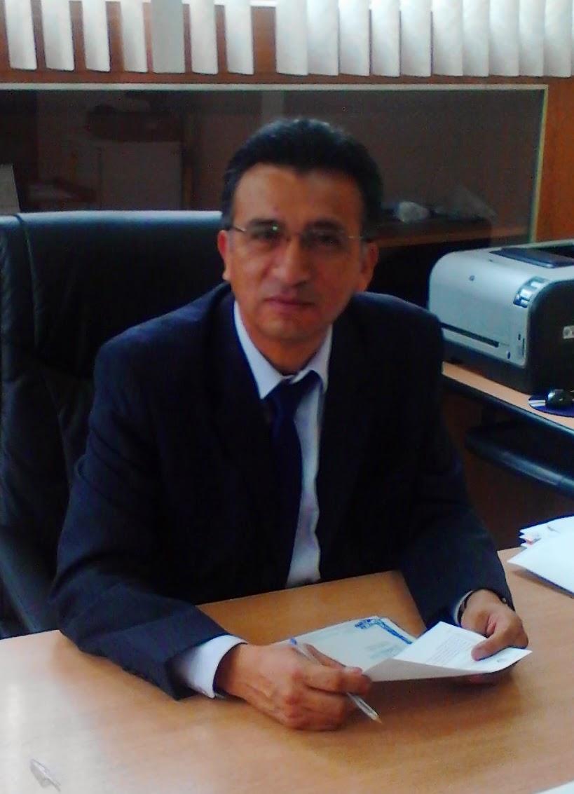 Ing. Francisco Viteri Santamaría MSC. Decando de la Facultad de Ingeniería en Geología, Minas, Petróleos y Ambiental