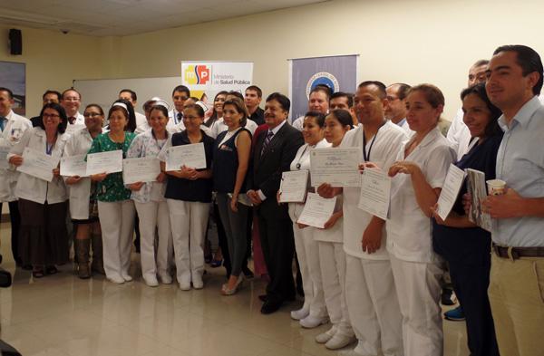 Profesionales de la salud cumplieron curso de capacitación docente